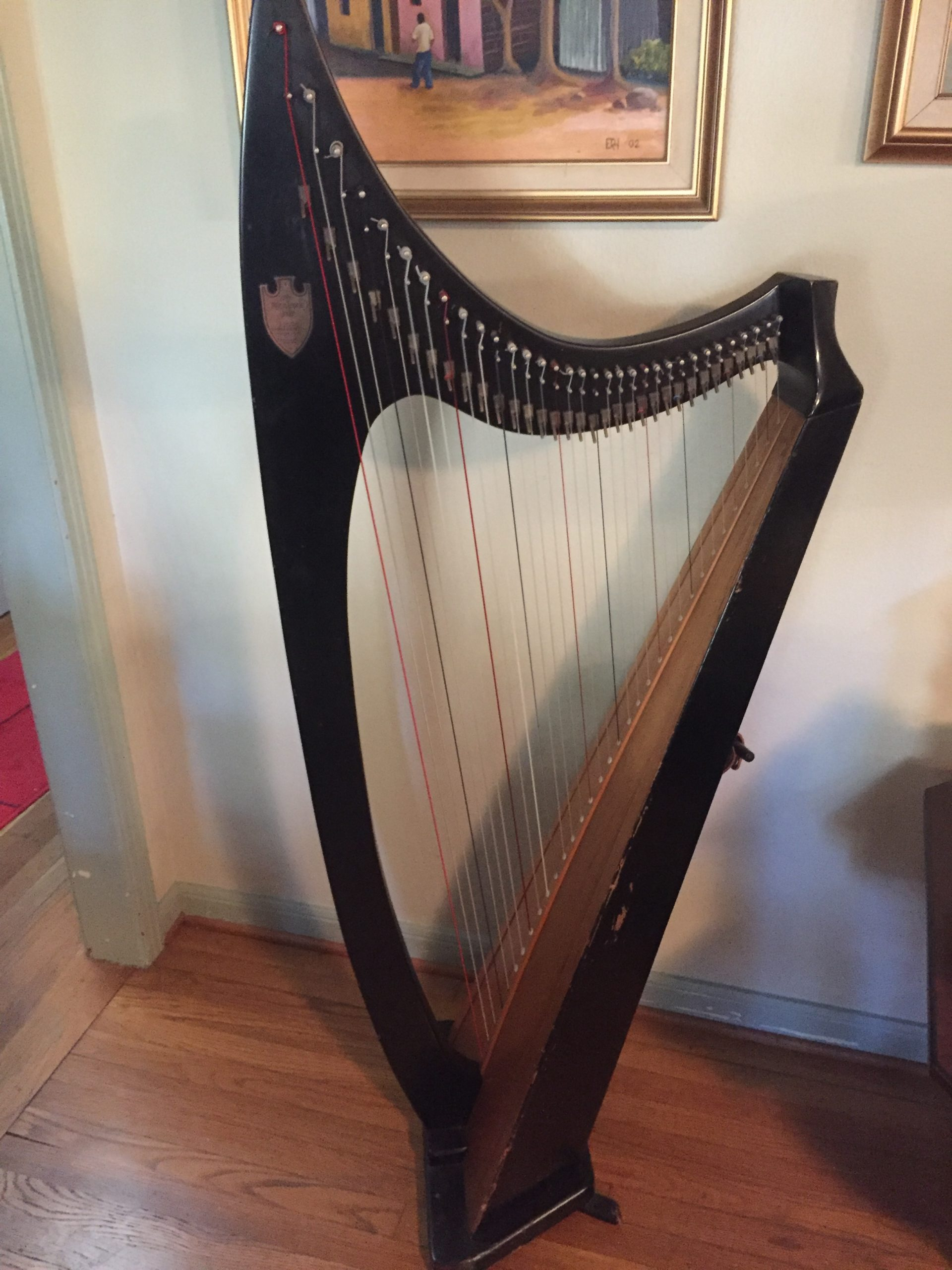 Reduced Price LYON & HEALY BLACK WOODEN and NATURAL MOHAGANY TROUBADOUR HARP